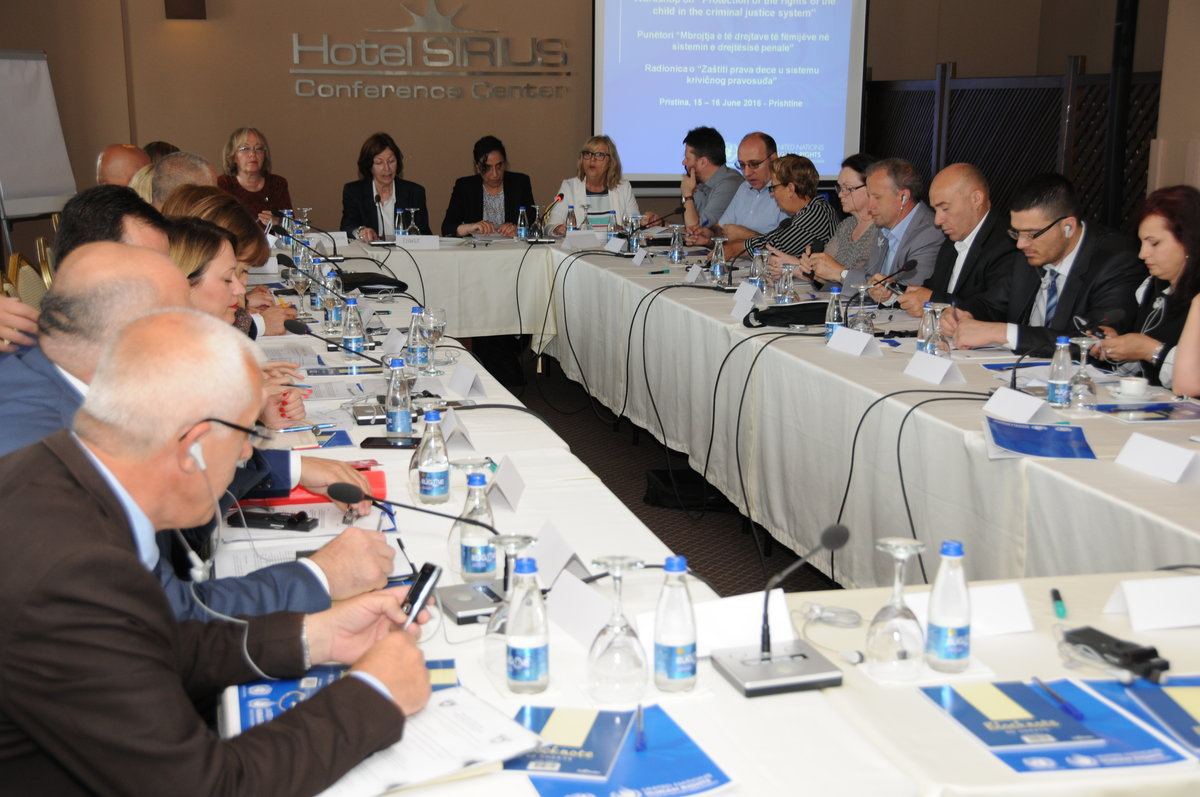 Representatives of the Assembly of Kosovo, the Ministry of Justice and the correctional services, child rights experts, judges, prosecutors, lawyers, civil society and international organizations participated in the workshop - 2016©UNMIK Photo by: Arton M