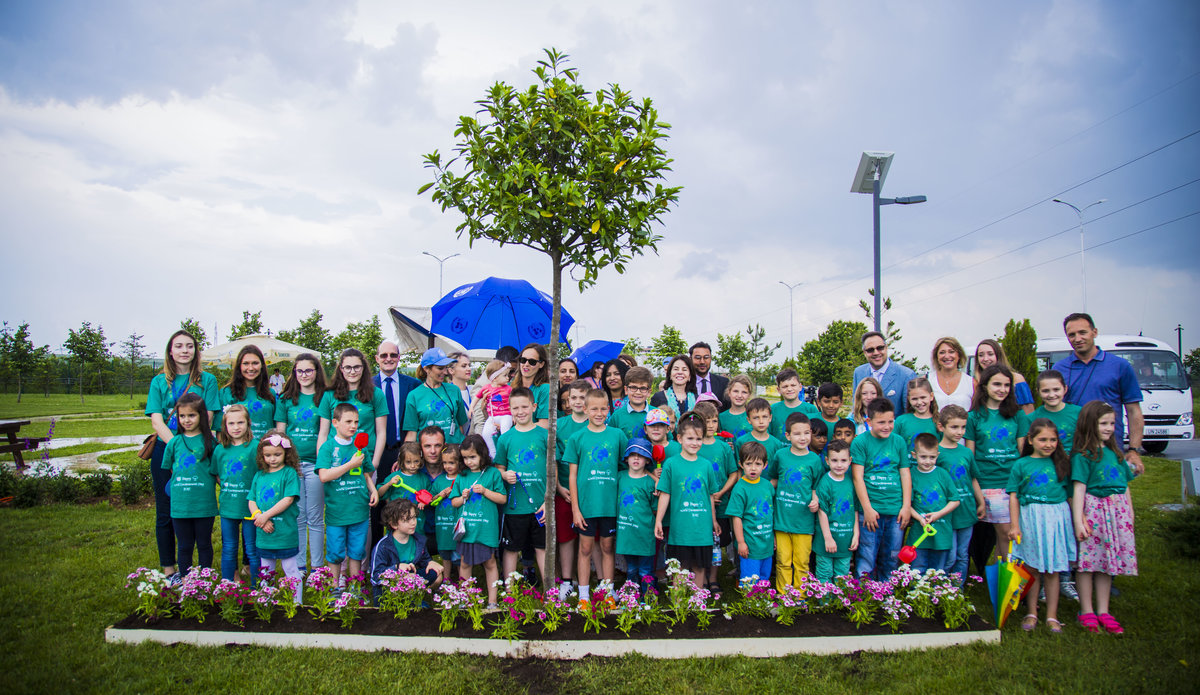 UNMIK staff and young environmental ambassadors on World Environment Day 2017