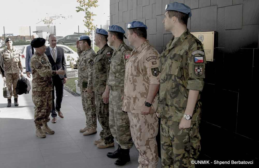 UNMIK Military Liaison personnel receiving outgoing COM KFOR Guglielmo Luigi Miglietta at UNMIK MHQ ©UNMIK Photo by: Shpend Bërbatovci